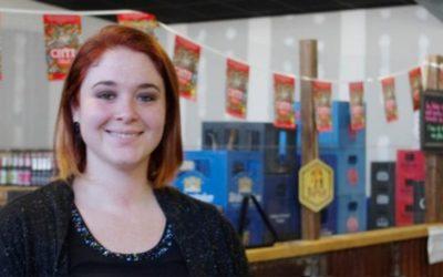 Julia Bosque, créatrice et gérante du bar-cave à bières Le Repaire à Combourg: «Suivez votre instinct, c'est très important»